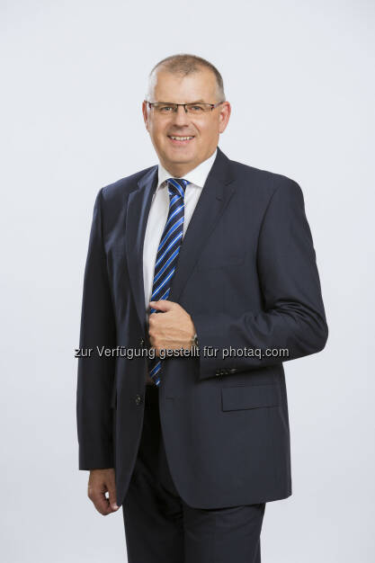 "Martin Kössler (GF ALD Automotive Fuhrparkmanagement und Leasing GmbH) : ALD Automotive launcht neue Fuhrparkmanagement App ""My ALD"" : Fotocredit: ALD Automotive/Rauchecker (26.07.2016)"