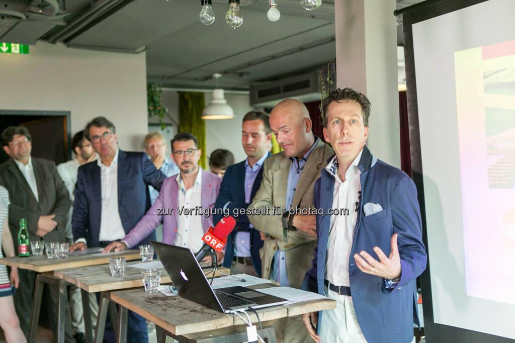 Stefan Pierer (CEO KTM Industries), Roman Sindelar, Stefan Schnöll, Alex Vogel, Philip Rusch, © Martina Draper (27.07.2016)
