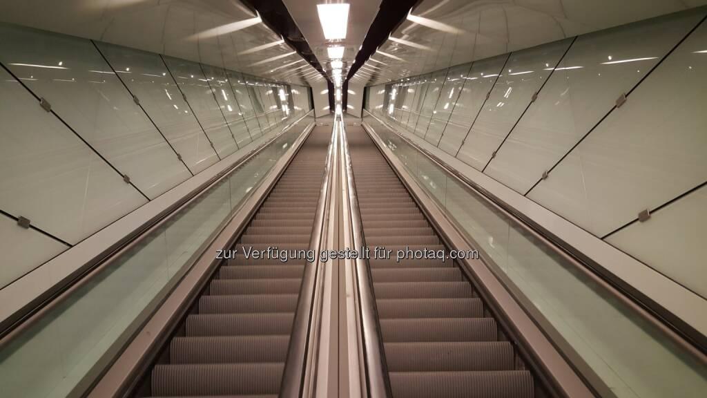 Neuinstallationen an Linie C der Metro Rom : Elevator World zeichnet thyssenkrupps Transportlösungen in Italien aus : Fotocredit: thyssenkrupp Elevator AG, © Aussendung (28.07.2016)