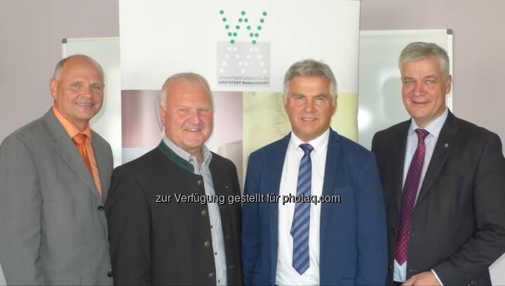 Johann Mayr (Bundeskoordinator), Wolfgang Neubauer (Vizepräsident), Josef Moser (Präsident),  Anton Kasser (Vizepräsident) : Neues Präsidium der ARGE Österreichischer Abfallwirtschaftsverbände : Fotocredit: (c) 2016 Arge ÖAWVs