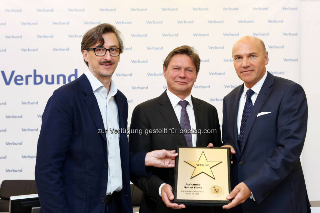 Josef Chladek (BSN), Wolfgang Anzengruber (CEO Verbund), Peter F. Kollmann (Finanzvorstand Verbund), © Martina Draper/photaq (28.07.2016)