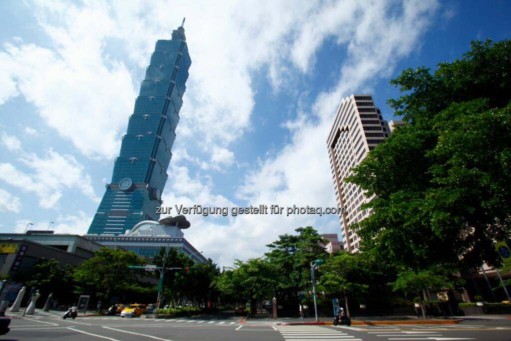 Bürogebäude Taipei 101 , Taipeh, Taiwan : Siemens-Technik für Taipei-101-Hochhaus in der Hauptstadt von Taiwan : Nachhaltigkeitsmanagementplattform Navigator verbessert Energieeffizienz : Zweithöchstes Bürogebäude der Welt gilt als Vorreiter bei Nachhaltigkeit : Fotocredit: Siemens AG, © Aussendung (29.07.2016)