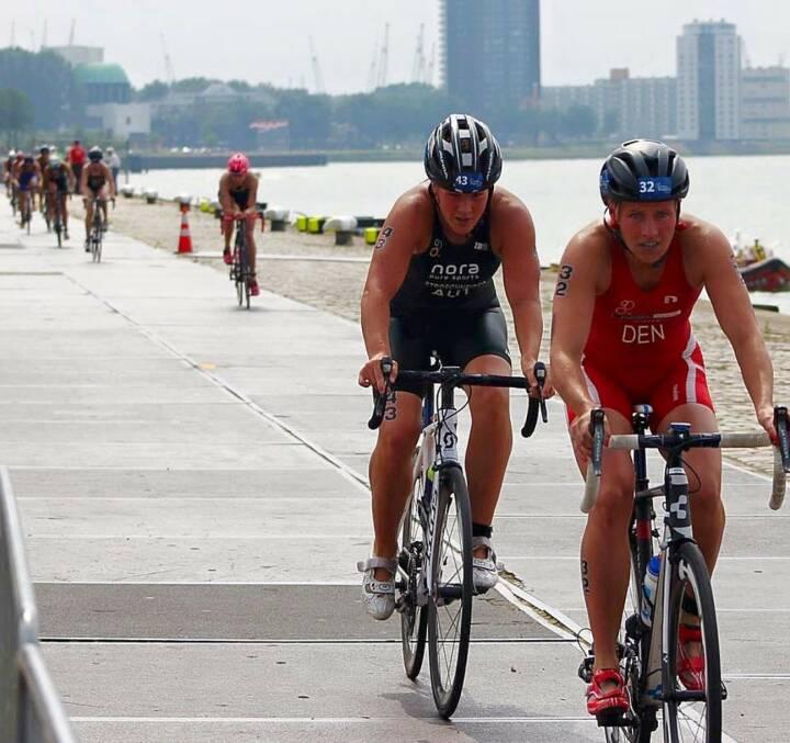 Tanja Stroschneider im Nachklang Rotterdam: Aua. die ersten Meter auf dem Rad sind immer die schönsten. Freu mich schon auf Samstag!!