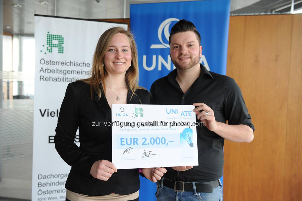 Sieger des Projekts Navigation für sehbehinderten Ruderer: Michaela Kury und Christof Vavra (FH Technikum Wien), © UNIQA Group / Communication  (23.04.2013)