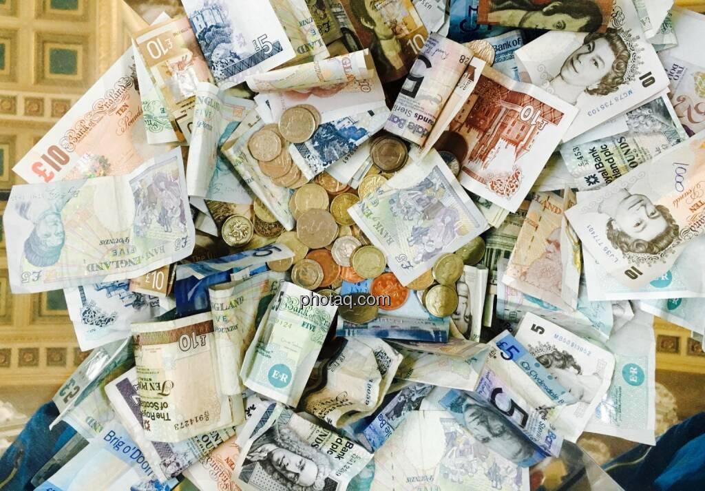 Geld, Münzen, Scheine, © Josef Chladek/photaq.com (09.08.2016)