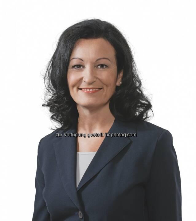 """Gerda Maria Gerner (gerger°gerner plus architektur) : Klares Statement für Gemeinschaftsmarke : """"Die Gemeinschaftsmarke Alu-Fenster ist Top im Objekt- und Wohnbau"""" : Fotocredit: © www.alufenster.at"""