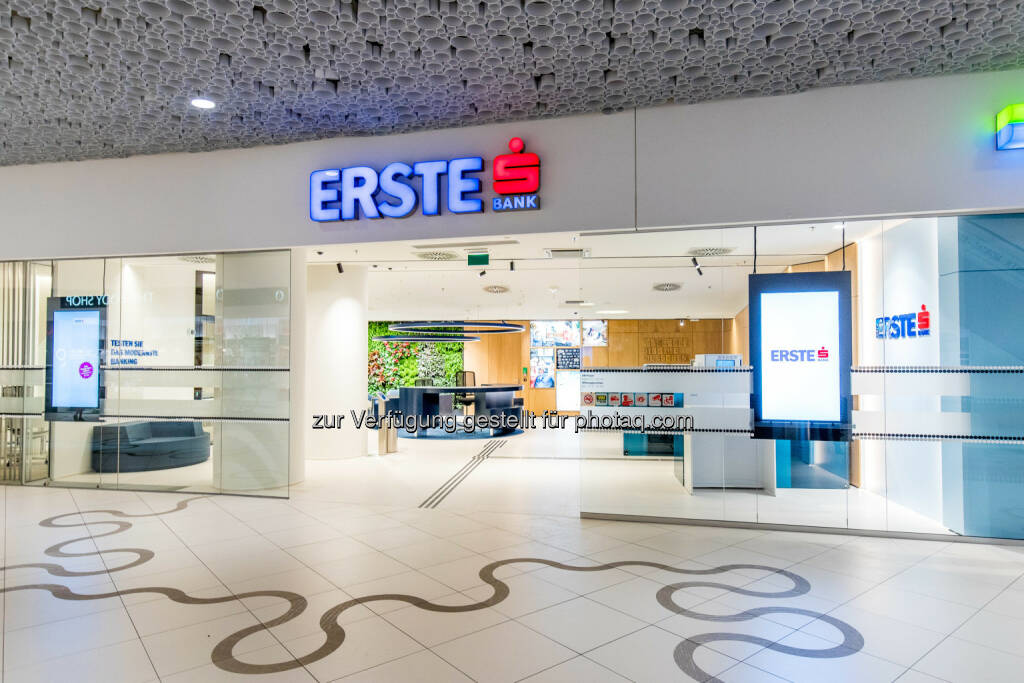 Erste Bank Filiale Wien Mitte The Mall heute eröffnet : Fotocredit © Erste Bank/Hinterramskogler, © Aussendung (10.08.2016)