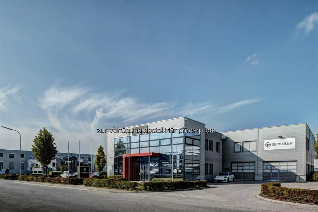 Gewerbepark Ricoweg, Wiener Neudorf : Warburg-HIH Invest verkauft Businesspark Ricoweg an eine private Investorengruppe : Fotocredit © Henderson, © Aussendung (11.08.2016)