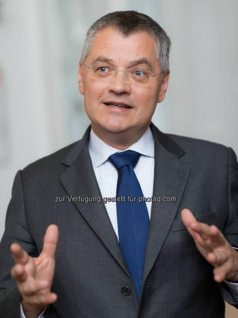 Thomas Uher (Vorstandsvorsitzender der Erste Bank Österreich) : Erste Bank weitet Mikrokreditprogramm aus : Fotocredit: Erste Bank/Hinterramskogler, © Aussender (11.08.2016)