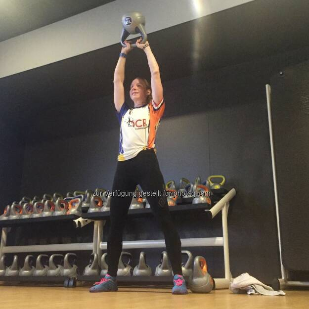 100x Kettlebell Swings Carolin Zendler (13.08.2016)