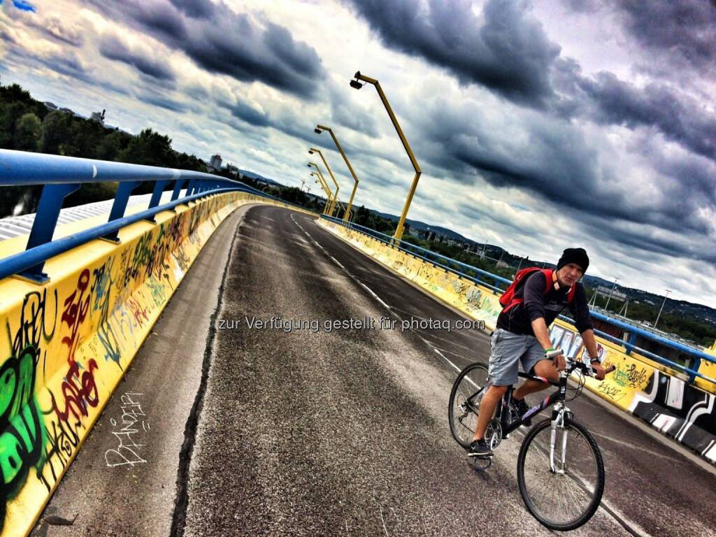 gelbe Brücke, nein nicht Winter, es ist Sommer (13.08.2016)