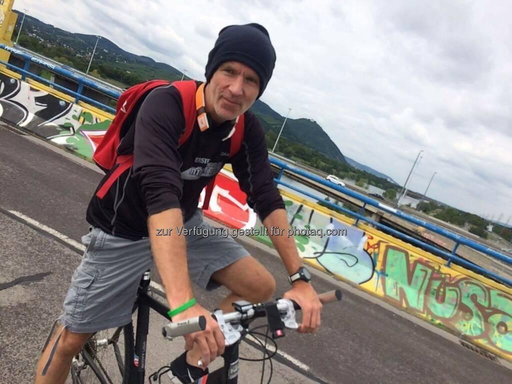 Unprofessioneller Radfahrer (15.08.2016)