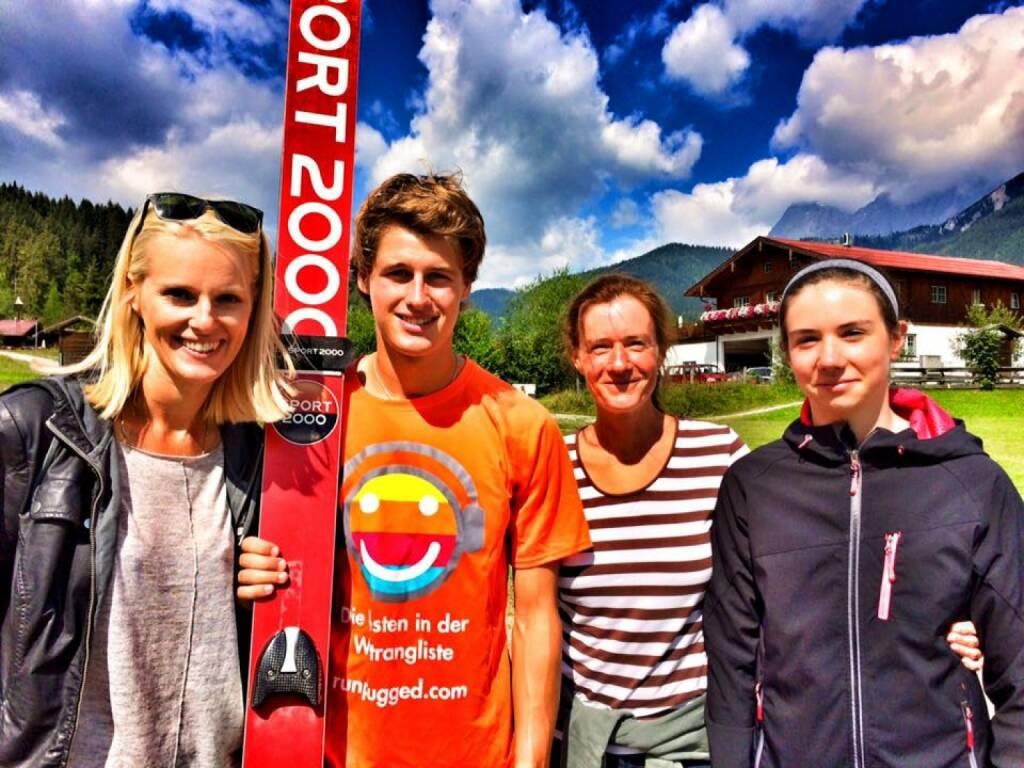 Marlene Scheidl, Paul Gerstgraser, Martina und Emily Draper für Runplugged in der Ramsau (17.08.2016)