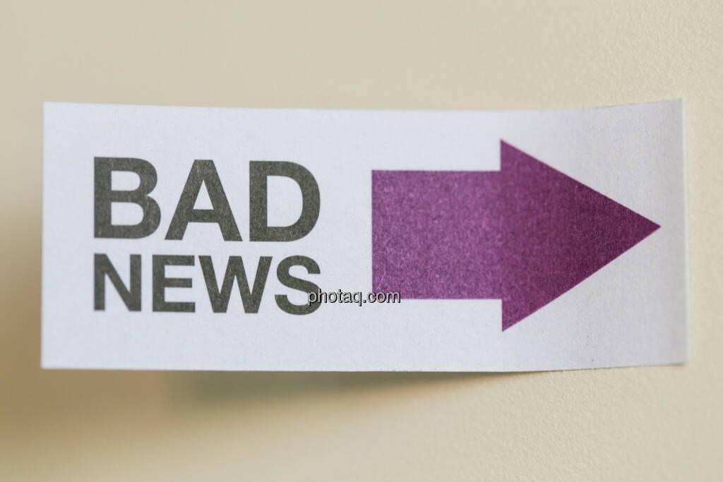 Schlechte Nachrichten, böse, © finanzmarktfoto/Martina Draper (24.04.2013)