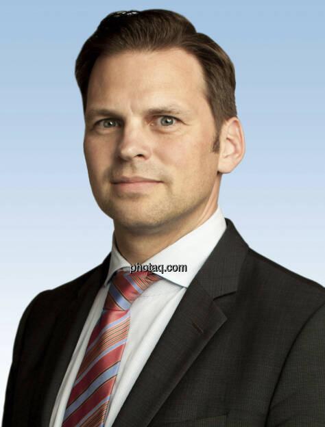 AUA: Bernd Hartweger (41) übernimmt als Vice President die Produkt- und Marketing-Leitung in der Austrian Airlines Group. Hartweger folgt Peter Baumgartner, der das Unternehmen 2012 verlassen hat. Hartweger, der derzeit noch CEO der paybox Bank innerhalb der Telekom Austria Group ist, wird seine Funktion zum 21.Mai 2013 aufnehmen (c) Aussendung (24.04.2013)