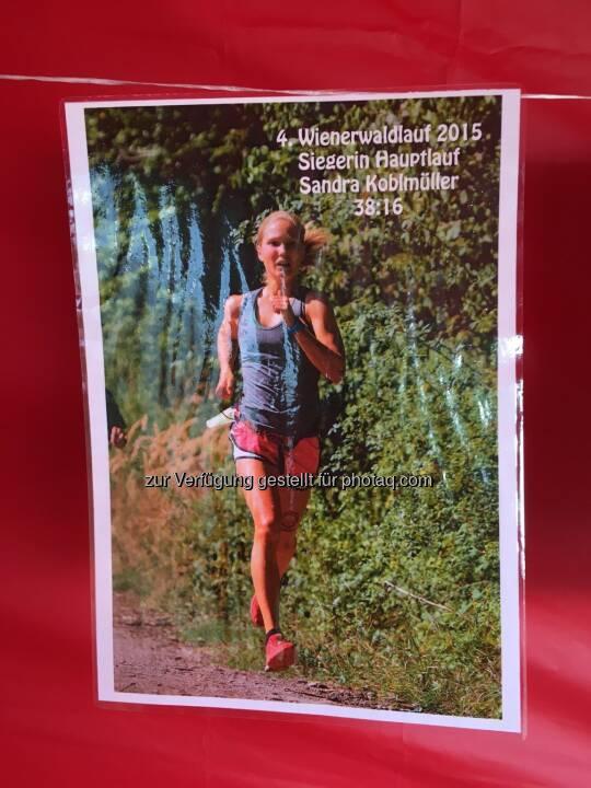 Vorjahressiegerin Sandra Koblmüller mit Runplugged-Tattoo