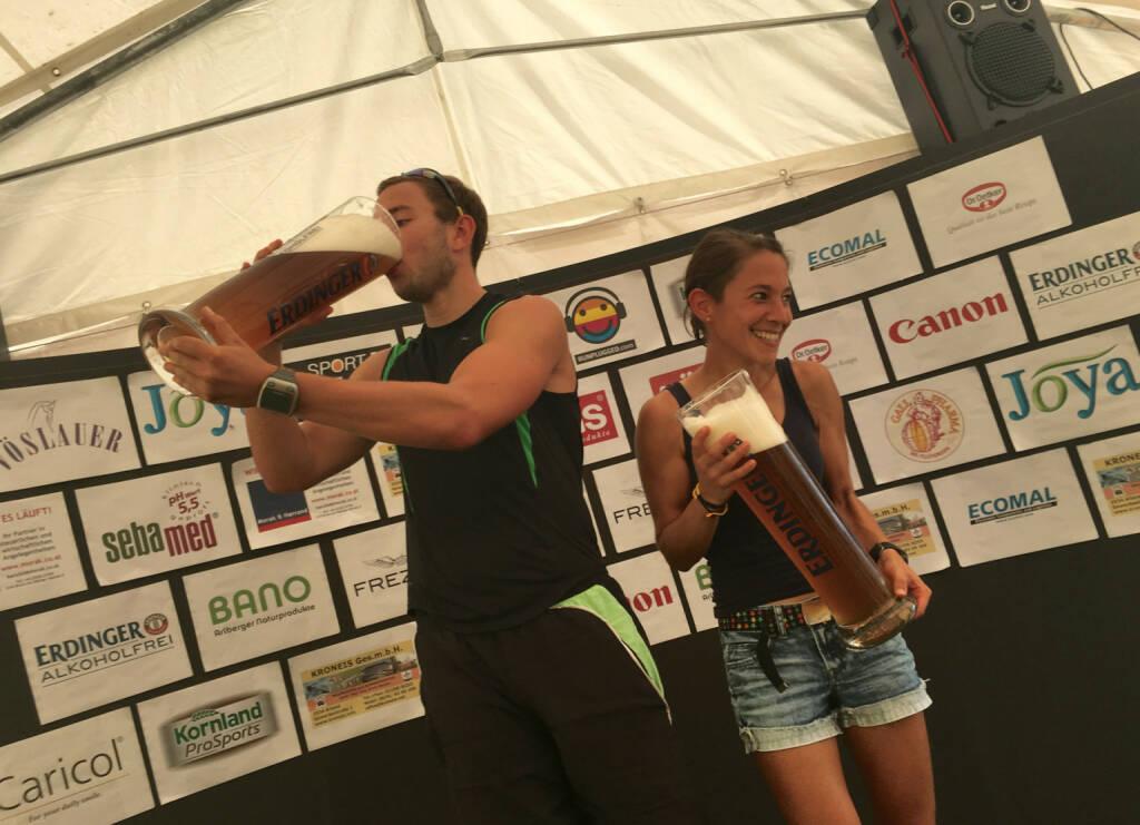 Gesamtsieger Herren mit Anita Auttrit, Siegerin Damen, © Handypics diverse. (28.08.2016)