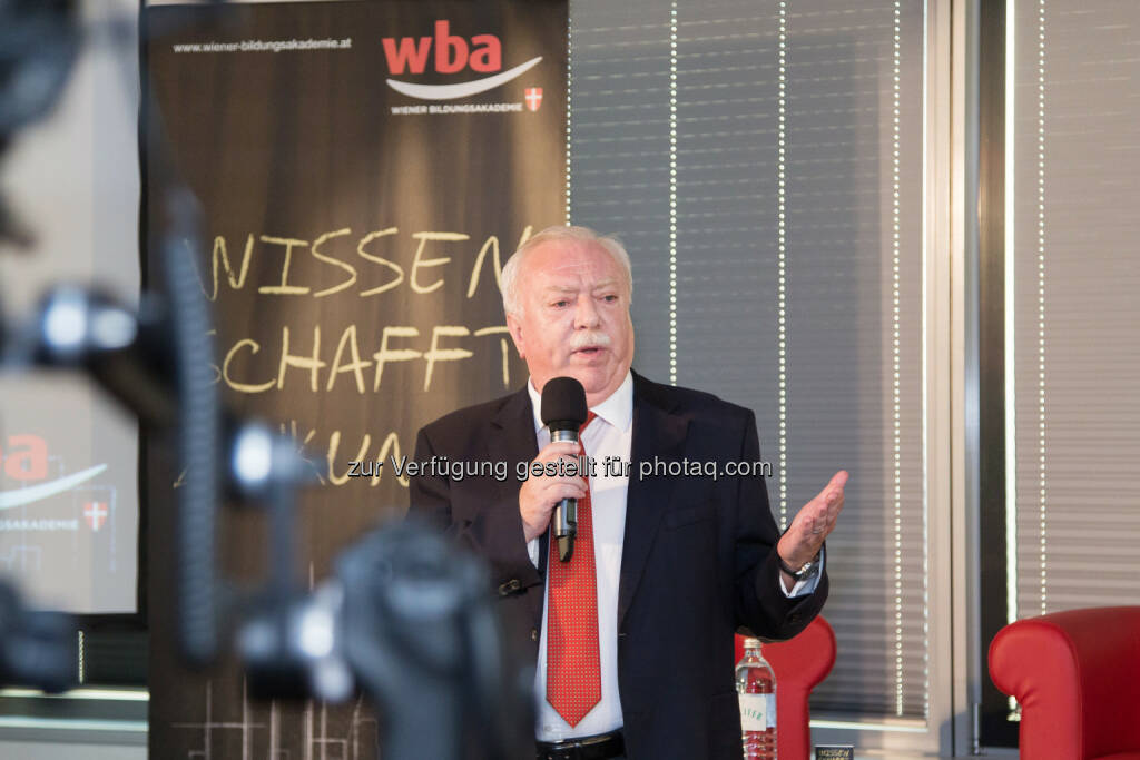 Michael Häupl (Bgm. Wien) : Startschuss für Wiener Bildungsakademie : Fotocredit: Thomas Peschat, © Aussender (02.09.2016)