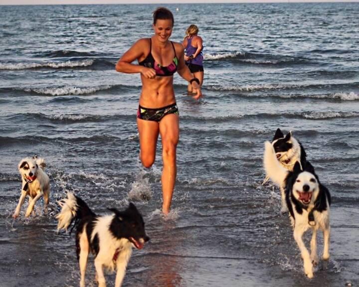 Tanja Stroschneider, laufen, Wasser, Hund