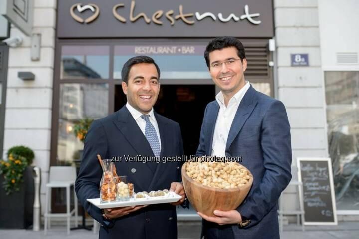 """Asim Hasanov und Faradj Akhverdiev (Gastronomen von Chestnut) : Eröffnung Restaurant & Bar """"Chestnut"""" am Neuen Markt : Fotocredit: Culinarius/APA-Fotoservice/Hörmandinger"""