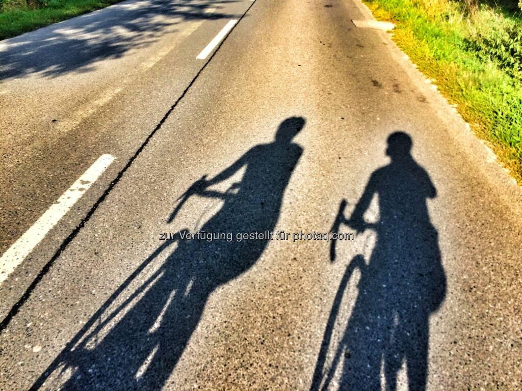 Radfahren, Schatten (11.09.2016)