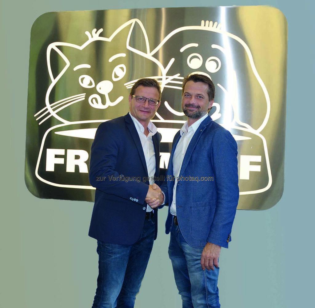 Norbert Marschallinger mit seinem Nachfolger Hermann Karl Aigner: Hermann Karl Aigner wird neuer Geschäftsführer von Fressnapf Österreich (C) Fressnapf, © Aussender (14.09.2016)