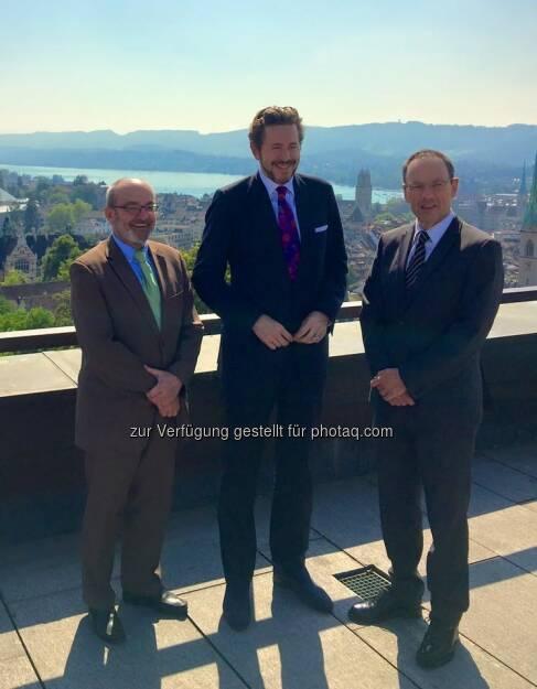 Gemeinsam mit Dr. Schiesser, Präsident des Rates der Eidgenössischen Technischen Hochschulen (l) und unserem Gastgeber, Prof. Guzzella, Präsident der ETH Zürich (r) ... (15.09.2016)