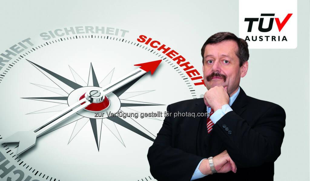 Werner Gruber (Physiker, Autor) am TÜV Austria Sicherheitstag 2016 am 13.10. im Austria Trend Eventhotel Pyramide für Schlüsselkräfte der Arbeitssicherheit : Fotocredit: Coloures-pic - Fotolia (16.09.2016)