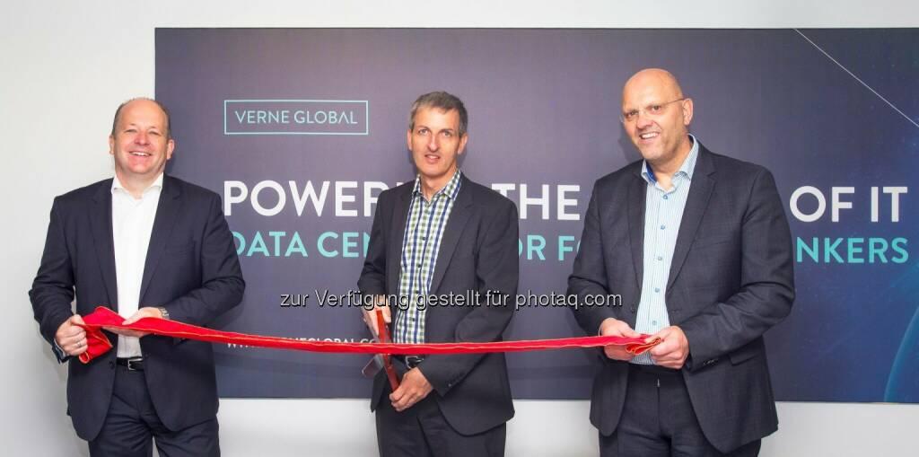 Christian Kallenbach (Verne Global), Harald Berg (VW) and Helgi Helgason (Verne Global). - Verne Global: Volkswagen setzt auf Rechenzentrum von Verne Global (Bild: Verne Global), © Aussender (21.09.2016)
