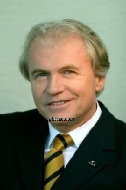 Konstantin Klien, Ex-Uniqa-Vorstand (26. April) - finanzmarktfoto.at wünscht alles Gute! (26.04.2013)