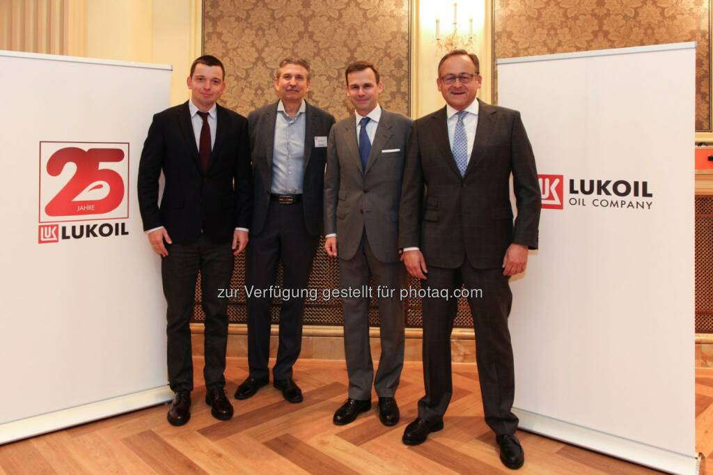 Anton Usov (Partner KPMG Moskau), Igor Kozyrev (Head of international reporting department PAO Lukoil), Robert Gulla (GF Lukoil Holding GmbH), Yann Hansa (Partner KPMG Wien) : Lukoil Accounting Konferenz zum 5. Mal in Wien : Fotocredit: Lukoil International GmbH/Gruszkiewicz, © Aussender (23.09.2016)