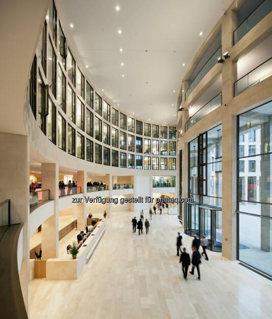 Tower 185, Frankfurt, Blick in die Lobby : CA Immo vermietet 2.100 m² im Frankfurt Tower 185 : Fotocredit: CA Immo