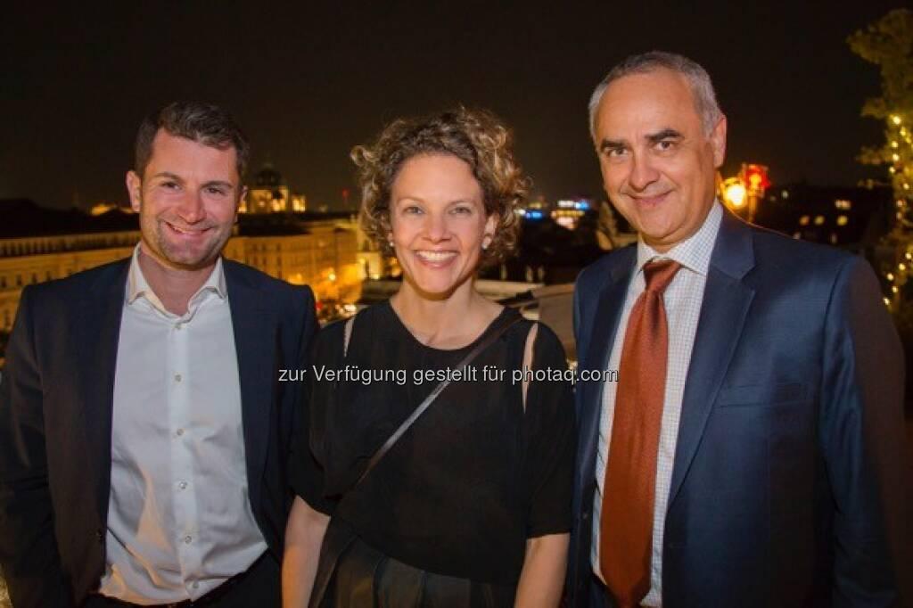 Thomas Jost (CEO Waagner-Biro), Sabine Hoffmann (ambuzzador), Walter Sattlberger (Pressesprecher Siemens Österreich)