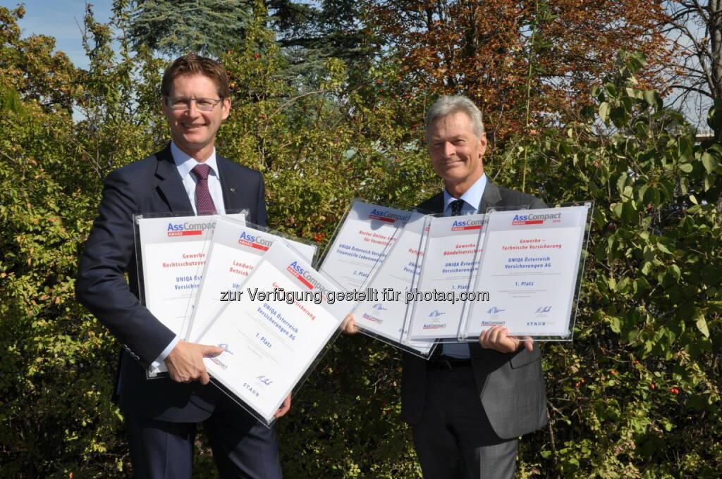 Andreas Kößl und Franz Lehner (Uniqa) : Uniqa Österreich gewinnt die meisten Asscompact Awards 2016 : Fotocredit: Uniqa, © Aussendung (30.09.2016)