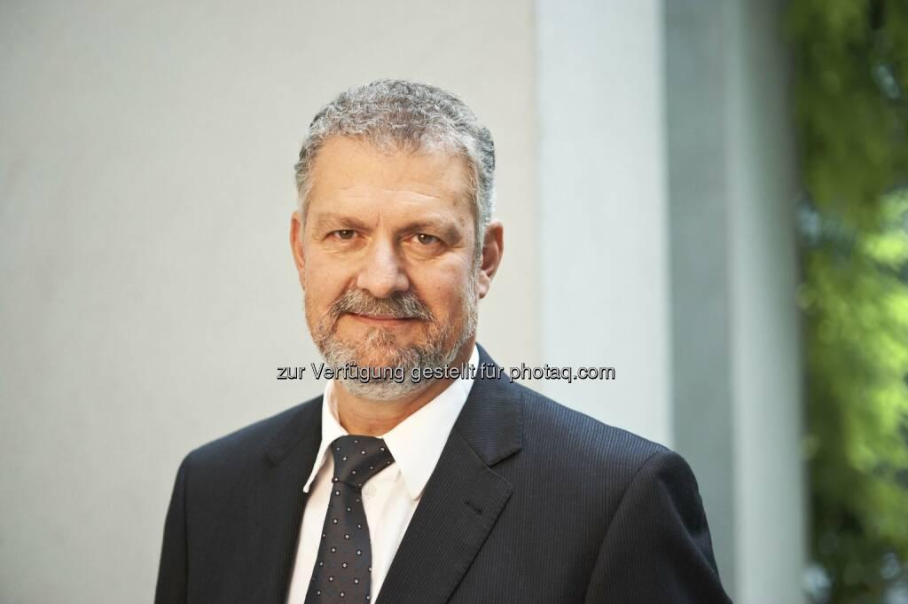 Aslan Milla, Senior Partner PwC Österreich : PwC Geschäftsjahr 2016: Weltweiter Umsatz auf USD 35,9 Milliarden gestiegen : Fotocredit: PwC, © Aussender (04.10.2016)