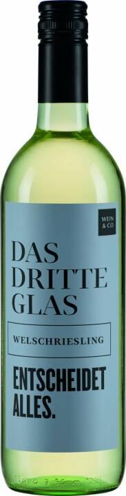 """Neue WEIN & CO - Ausgesucht-Kollektion Welschriesling : Heinz Kammerer (WEIN & CO Chef): """"Wir haben für unsere 'Ausgesucht'-Weine ausgezeichnete Weingüter ausgewählt und lassen auf den Etiketten bewusst große Sprüche Platz nehmen. Schließlich können es unsere großartigen Weine locker mit ihnen aufnehmen"""" : Fotocredit: Wein & Co/Payer"""