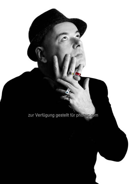Ian Shaw (britischer Musiker) tritt mit und ohne Trio auf : Das internationale Festival Jazz & The City lädt vom 19. - 23. Oktober zur Entdeckungsreise in die Salzburger Altstadt : Fotocredit: Tim Francis, © Aussender (05.10.2016)