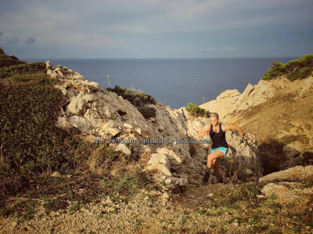 Christina Kiffe, Meer, laufen, bergauf, hinauf (06.10.2016)