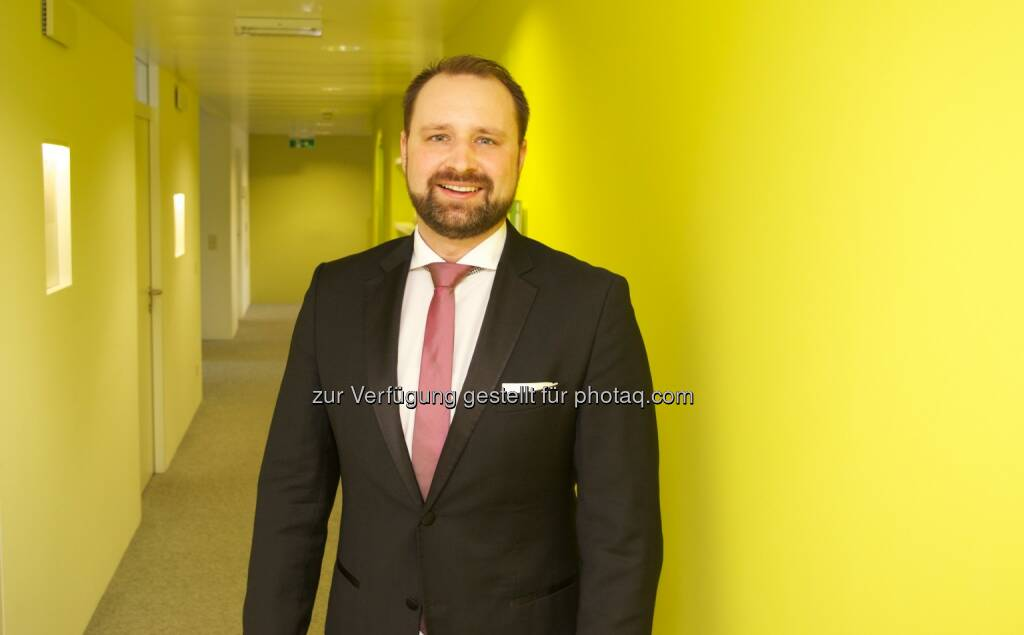 Constantin Wollenhaupt (Medienbetriebswirt, GF Digitale Innovation & Business Development, HarCon Media & Consulting Holding GmbH) : Digitalisierung im Medienumfeld: Wie überleben Verlage den digitalen Wandel? Fotocredit: harcon.at, © Aussender (07.10.2016)