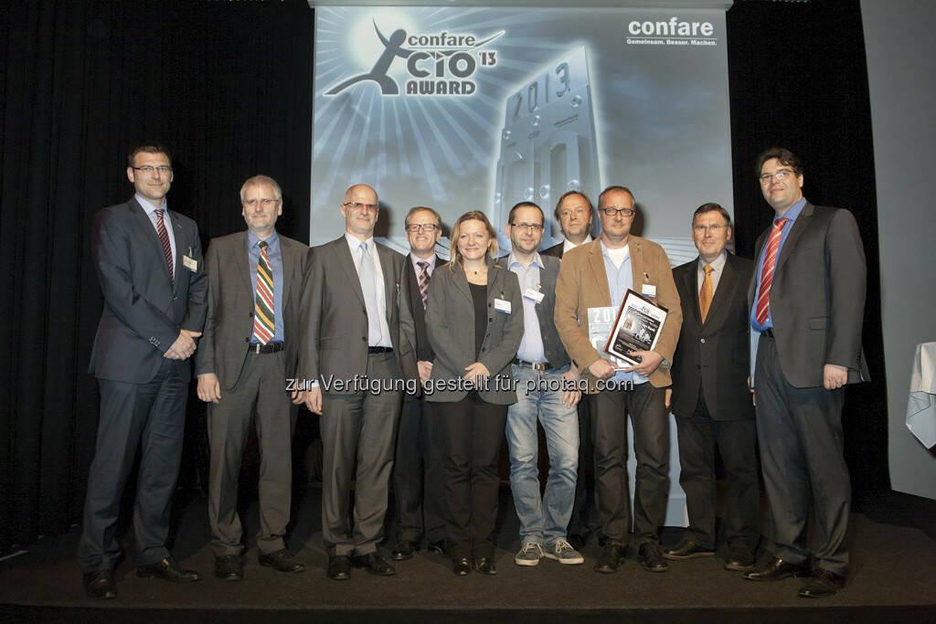 Gunter Reimoser,  Hubert Petz (Leder & Schuh International AG), Hannes Gutmeier (Conwert Immobilien Invest), Hannes Ruess (Lenzing AG ), Isabella Mader (NetHotels AG), Reinhard Andert (NetHotels AG), Anton Leitner (NÖM AG), Eric-Jan Kaak (Gewinner des CIO Awards, Blizzard), Josef Broukal, Michael Ghezzo (confare) (29.04.2013)