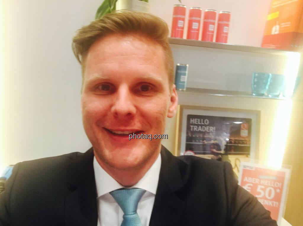 Selfie Florian Helmberger Hello Bank, © jeder selbst (20.10.2016)