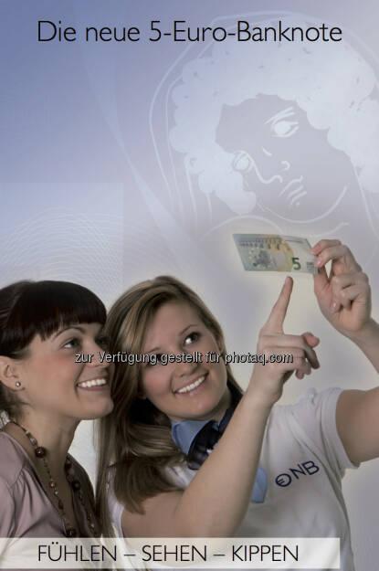 Die neue 5-Euro-Banknote, Fühlen, sehen, kippen, © OeNB (30.04.2013)