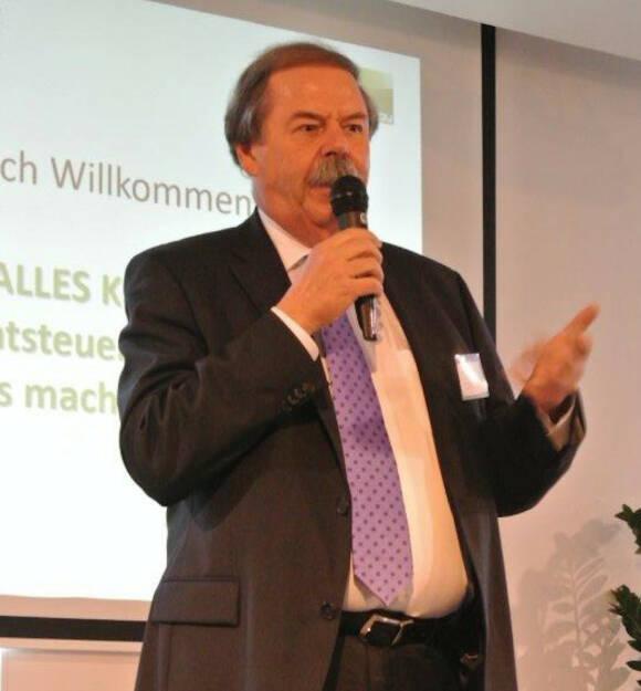 Erich Benischeck, Fertighauszentrum Blaue Lagune Verwaltungs GmbH &amp; CO KG , &copy; <a href=