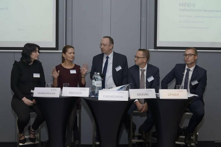Diana Neumüller-Klein (Strabag), Silke Krüger (Berenberg), Roman Eisenschenk (Kepler Cheuvreux), Stefan Maxian (Raiffeisen Centrobank AG, ÖVFA), Klaus Ofner (Wienerberger AG)