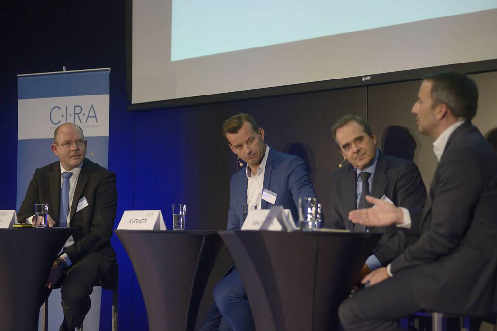 Götz Schlegtendal (Kirchhoff Consult AG), Gerhard Kürner (Lunik 2), Wolfgang Matejka (Matejka & Partner Asset Management GmbH), Manuel Taverne (FACC AG / C.I.R.A.), © C.I.R.A./APA-Fotoservice/Bargad Fotograf/in: Nadine Bargad (23.10.2016)