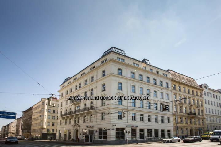 Zinshaus 1080 Alser Straße 71 : Das Gründerzeithaus wurde von der CPI Immobilien Gruppe erfolgreich revitalisiert und bietet seinen Mietern nun modernen Wohnkomfort mit historischem Charme : Fotocredit: CPI Immobilien, Alexander Ulz