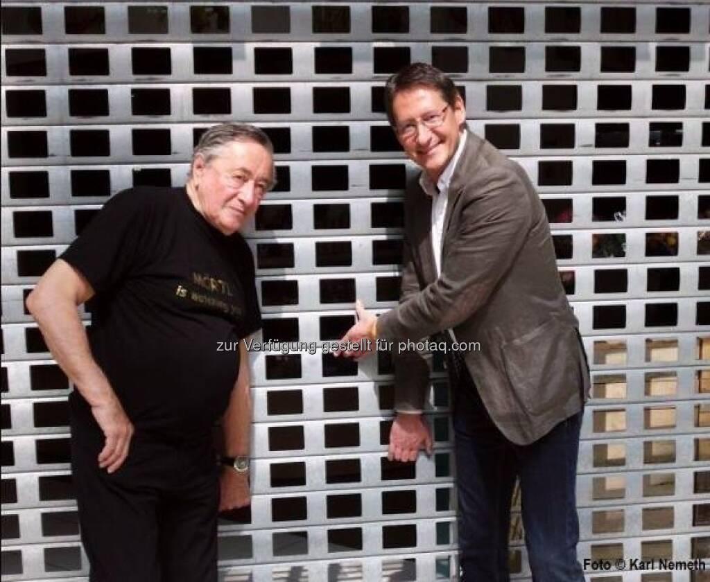 BZÖ-Chef Klubobmann Josef Bucher forderte am 1.Mai im Rahmen einer gemeinsamen Pressekonferenz mit Baumeister Richard Lugner in der Lugner City eine Ausweitung der Ladenöffnungszeiten (c) BZÖ (01.05.2013)