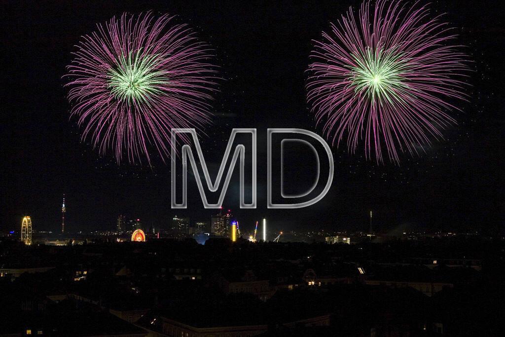 Feuerwerk, Nacht, Wien, © Martina Draper (15.12.2012)