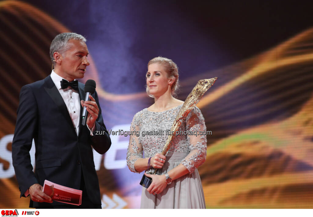 Rainer Pariasek and Eva-Maria Brem (AUT) Photo: GEPA pictures/ Christian Walgram (28.10.2016)