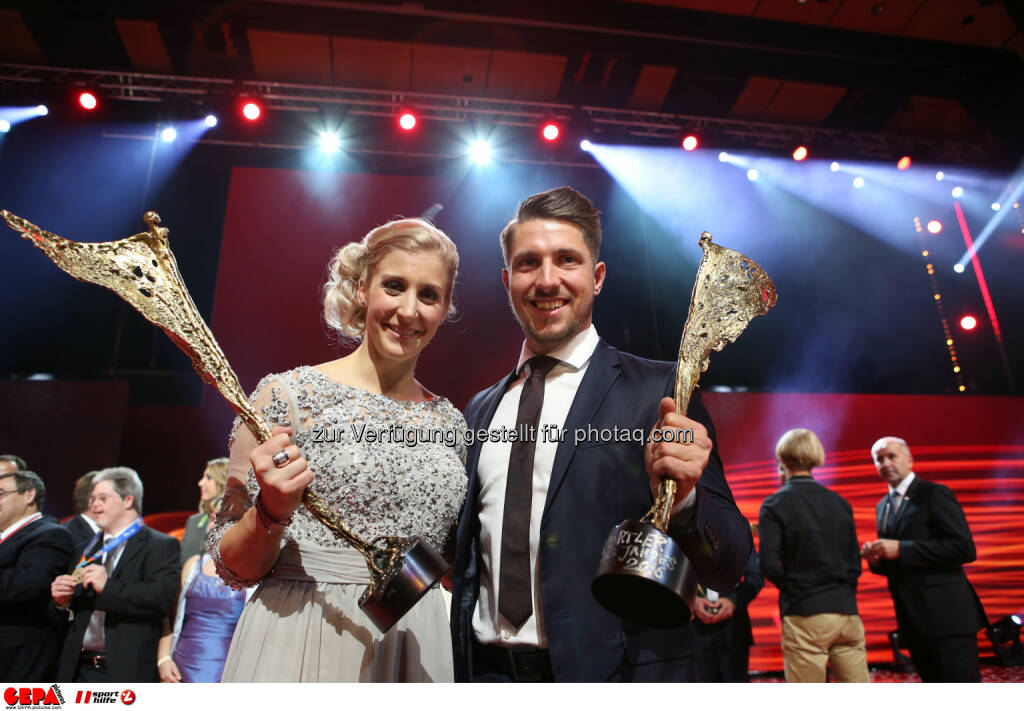 Marcel Hirscher and Eva-Maria Brem (AUT) Photo: GEPA pictures/ Christian Walgram (28.10.2016)